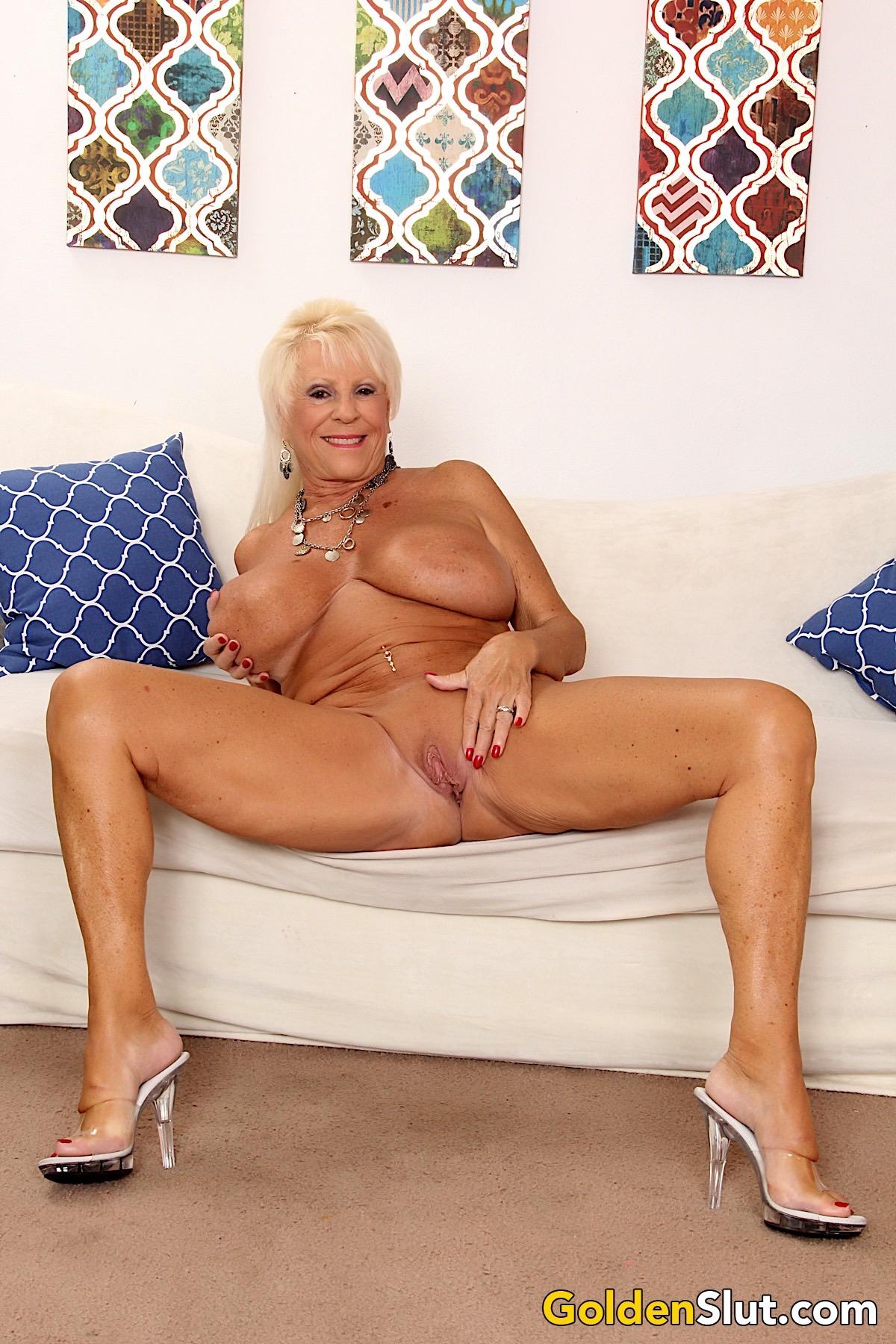 Mandi mcgraw nude pics