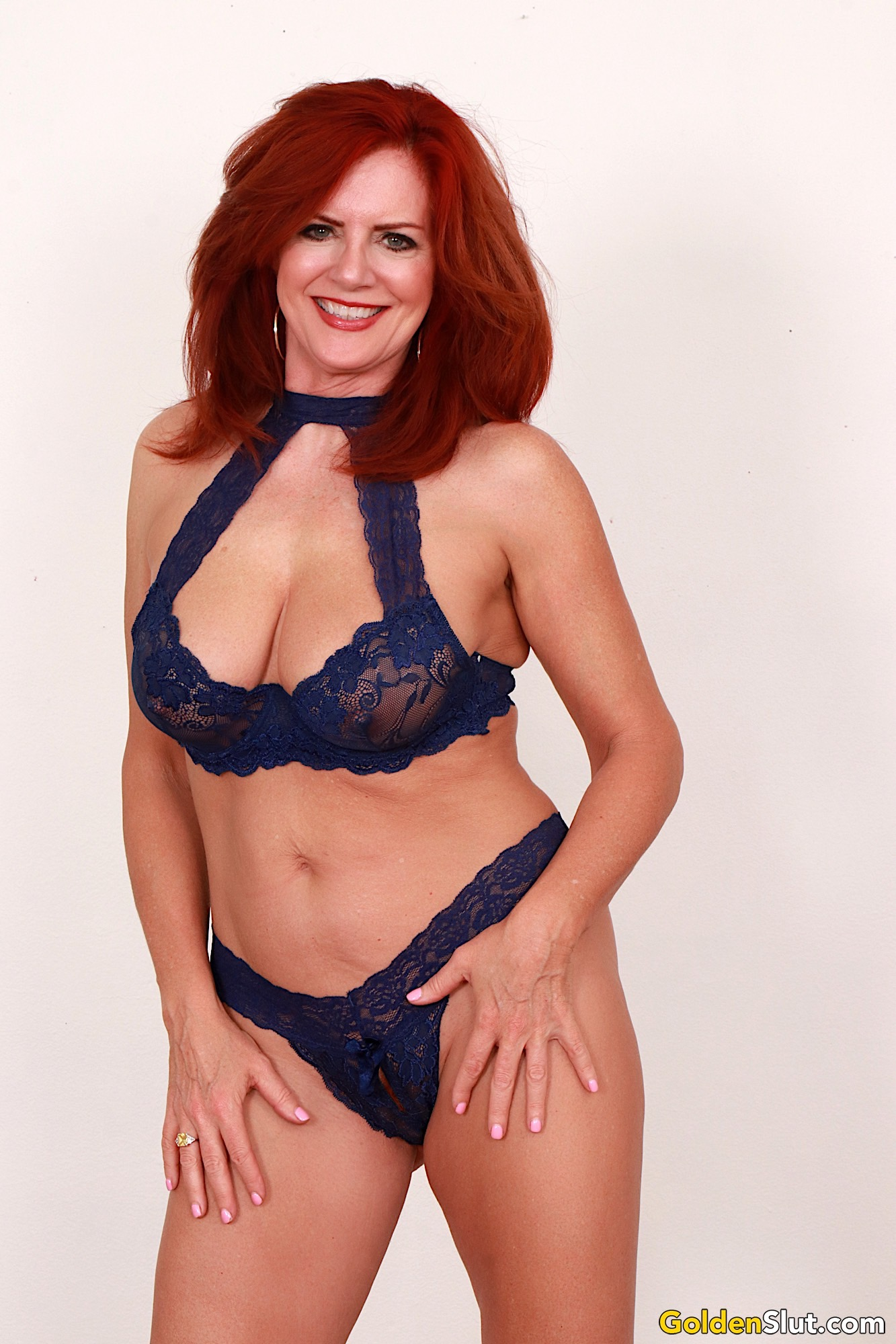 Mature Redhead Slut Andi James Shows Her Pussy And Tits -6825